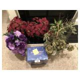 6pcs, faux plants with pots and Snowman