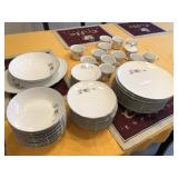 (59) pcs Fine China, Wyndham Japan Maltese Rose