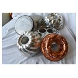 Seven pc. Of vintage/modern bake/cookware