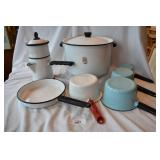 Seven pc. of vintage cookware