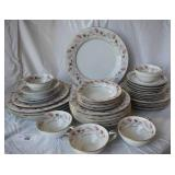 35 pcs. Noritake China Set for 5