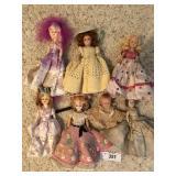 Seven vintage dolls