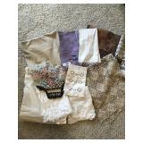 Eight  pc. of misc. vintage table linens