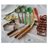 20+ pcs. Vintage Kitchen Utensils