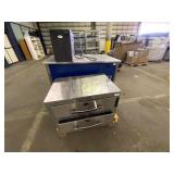 Pallet w/Therma Drawer Hot Food Server,