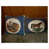 2 horse pillows