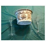 Ceramic wine cooler with 2 champage flutes