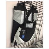 5 pair of Mossi pants size S, L, XL, 2XL & 3XL