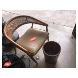 Wraparound canes chair & wood pail