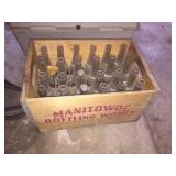 Manitowoc bottling works crate & 24 Manitowoc
