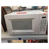 GE microwave 18x11x10