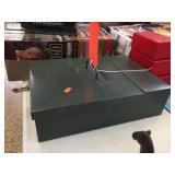 Metal box 9.5x13.5x3.5