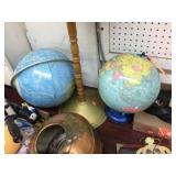 2 globes