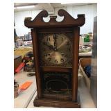 Alston 31 day mantle clock 10x5x19 has damaged