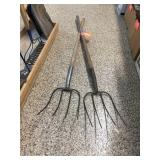 Pair of 4 tine pitchforks