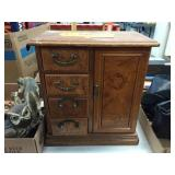 Jewelry cabinet 10x6x10