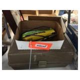 Electric fisherman knife / tackle box with assortd
