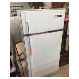 """Frigidaire fridge/freezer 32""""x28""""x65"""""""
