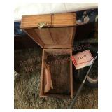 Shoeshine kit with shoehorn