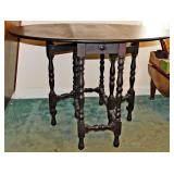 41  Vintage Gateleg Table