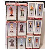 65a 12 Novelino Christmas Collectibles