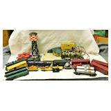 Lot 117 17 Western Flyer Locomotives, Cars + Accessories