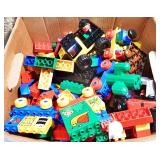 #9a Nine Pounds Of LEGOs