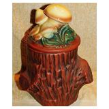 #10a McCoy Mushroom On Stump Cookie Jar