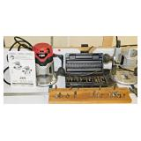 #42 Skil Fixed & Plunge Base Router w/ Cabinet Plus