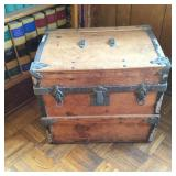 Small Flat Top Trunk with Tray