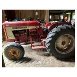 IH 504 gas tractor