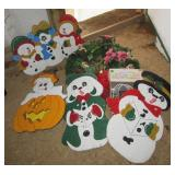(4) Wood Christmas outdoor pieces, lighted