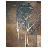 (3) Extendable fishing nets.