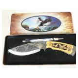 bowie knife in collectible tin, handle material
