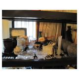 Approx 28 pcs: wax burners, clock, candy dishes,