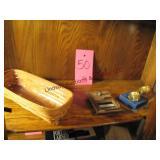 4 pcs: Longaberger 1995 basket, brass mailbox door