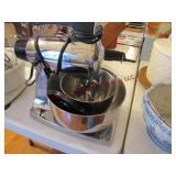 Sunbeam stand mixer w/ 2 bowls