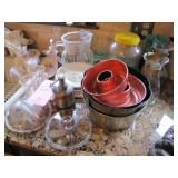 Approx 21 pcs mixed dishes, baking pans, pitchers