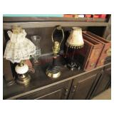 3 small side table lamps & 2 sewing machine
