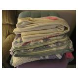 Approx 6 blankets/comforters