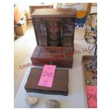5 mixed size jewelry boxes