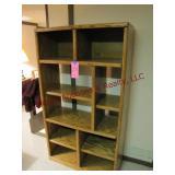 Oak bookcase/display shelf 40x17x72