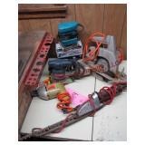 Group elec hand tools: B&D drill, Sunbeam hedge