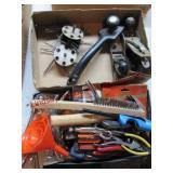 2 flats misc tools: 2 hand planes, hammer,