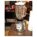 Osterizer elec blender w/ glass pitcher