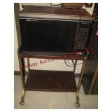 Tappan microwave w/ rolling stand