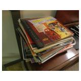 Group vinyl records (some w/ sleeves & some w/o)