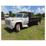 1970s ?? Ford F700 S.A. flat bed dump 15ft bed, ..