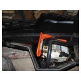Echo CS3000 chainsaw w/ case - motor fee -