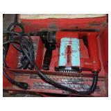 Hilti mod: TE22 rotary hammer drill w/ 6 bits &